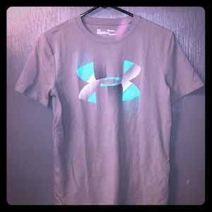 Boys Under Armour Heatgear Loose Fit Tee Large